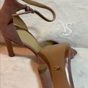 9c4d4d1a2e68 Michael Kors Shoes - MICHAEL Michael Kors